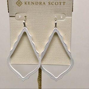 Kendra Scott sophee MatteWhite earrings